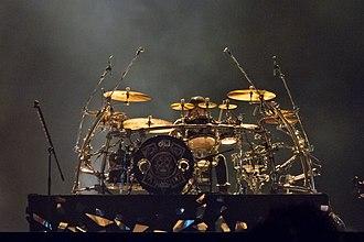 Maná - Álex, drummer.