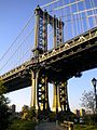 Manhattan Bridge 2009.jpg