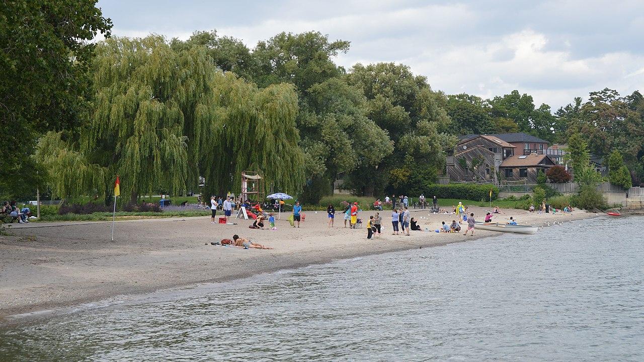 Marie Curtis Park Beach