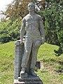 Mason statue, People's Park, 2016 Kőbánya.jpg
