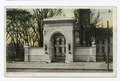 Memorial Arch (Soldiers and Sailors), Concord, N.H (NYPL b12647398-69447).tiff