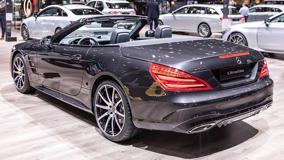 Mercedes-Benz SL-Class - Howling Pixel