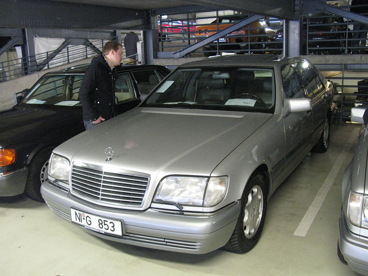 File Mercedes Benz S600 Lang W140 8463390854 Jpg Wikimedia Commons