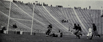 1932 college football season - A Depression-Era crowd at the Michigan-Illinois game