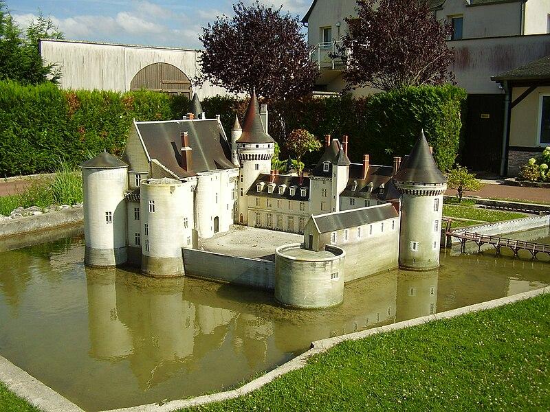 File:Mini-Châteaux Val de Loire 2008 328.JPG
