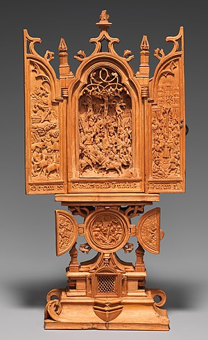 """Gothic boxwood miniature - """"Miniature Altarpiece with the Crucifixion"""", early 16th century. Metropolitan Museum of Art, New York"""