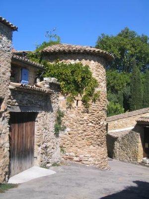 Mirabel-aux-Baronnies - Image: Mirawalls