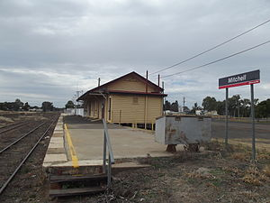 Mitchell, Queensland - Image: Mitchell Railway Station, Queensland, July 2013