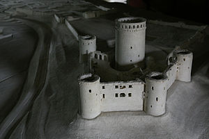 Château de Coucy - Model of the castle as it looked before 1917