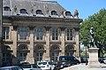 Monument à Condorcet, Jacques Perrin, quai de Conti, Paris 6e.jpg