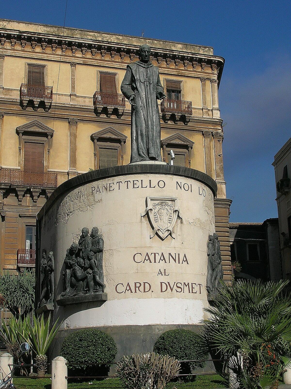 Piazza san francesco d 39 assisi catania wikipedia for Tito d emilio arredamenti catania