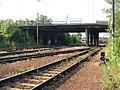 Most Černokostelecké přes železniční trať.jpg