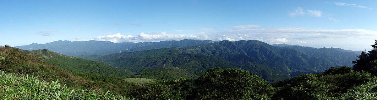 הר אמאג'י במבט מחצי האי איזו