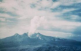 280px-Mount_Lamington_1951.jpg