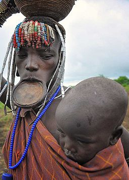 Mursi Tribe (8002873086)
