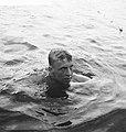 Nederlands Kampioenschappen zwemmen in Breda Johan Bontekoe in het water, Bestanddeelnr 912-7831.jpg