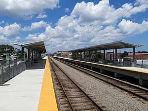 Newmarket station, looking inbound, July 2013.JPG