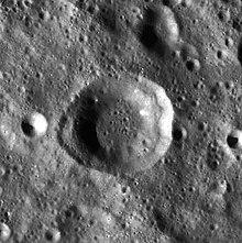 尼兰德陨石坑