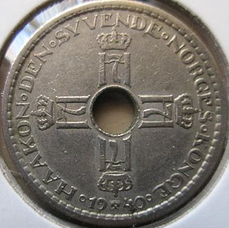 Norwegian resistance movement - The obverse of a 1940 Norwegian krone. Coins with the H7 monogram were worn by Norwegian nationalists as jewellery during the occupation, and subsequently confiscated by German authorities.