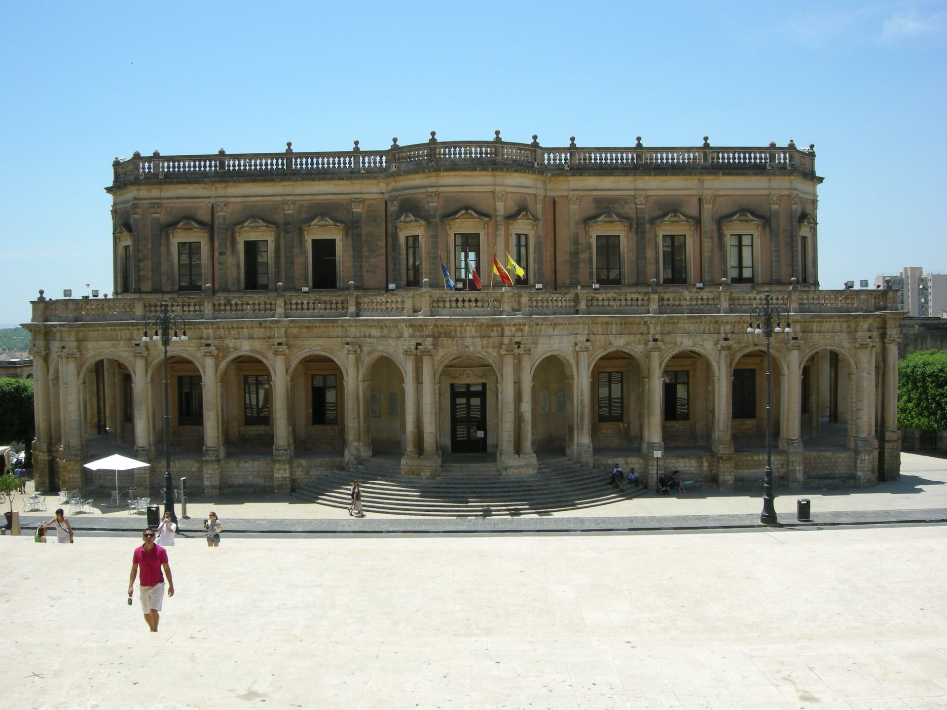 Palazzo ducezio wikipedia for Noto architetto torinese