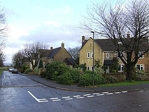 Upper Rissington - Image: Older housing at Upper Rissington geograph.org.uk 308981