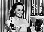 Olivia de Havilland at the Academy Awards 1946.jpg