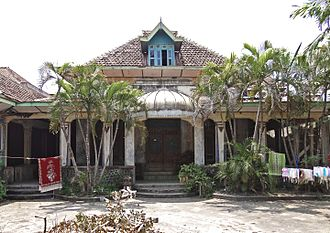 Kalang house - The enclosed pendopo of the kalang house of B.H. Noeriah (1862) in Kotagede, Yogyakarta.