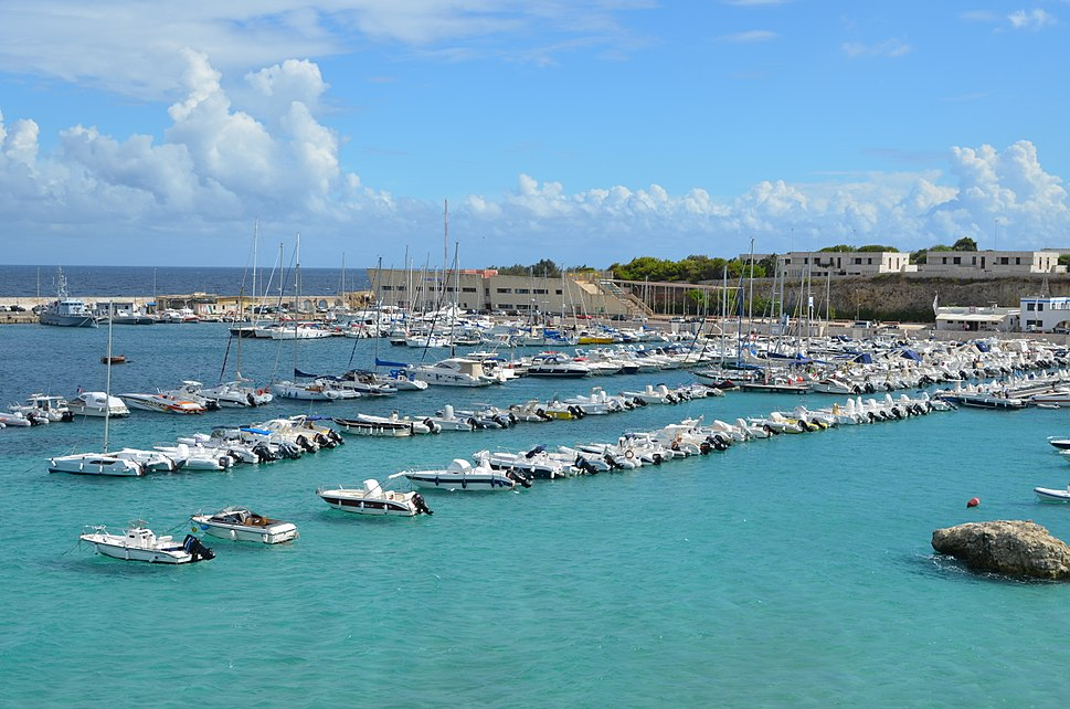 Otranto harbor AvL