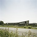 Overzicht hoofdkantoor fabriek Johnson Wax, vanaf de openbare weg - Mijdrecht - 20413317 - RCE.jpg