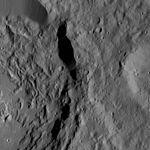 PIA20960-Ceres-DwarfPlanet-Dawn-4thMapOrbit-LAMO-image198-20160610.jpg