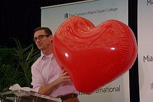 Palahniuk al Miami Book Fair International nel 2011
