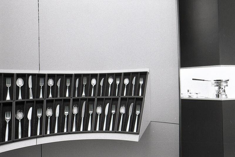 File paolo monti servizio fotografico milano 1973 for Materiale fotografico milano