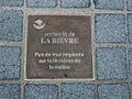 Paris 13e - Colonie 38-40 - plaque mur lit Bièvre.JPG