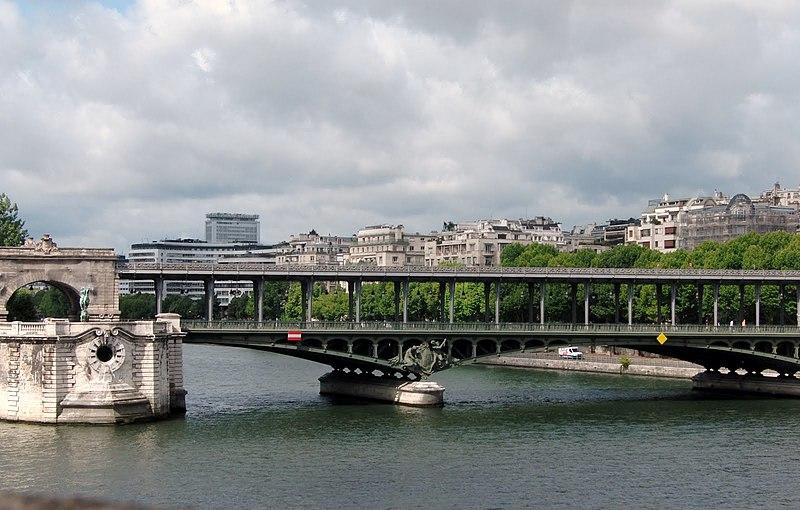 File:Paris Pont de Bir Hakheim, et le viaduc de Passy.jpg