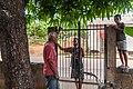 Person talking in Margarita Island, Nueva Esparta, Venezuela 28.jpg