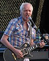 Peter Frampton at the 2011 Ottawa Bluesfest (cropped).jpg