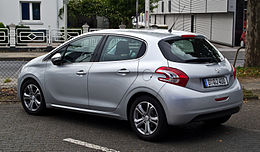 Peugeot 208 e-HDi FAP 115 Stop & Start Allure – Heckansicht, 23. September 2012, Hilden.jpg