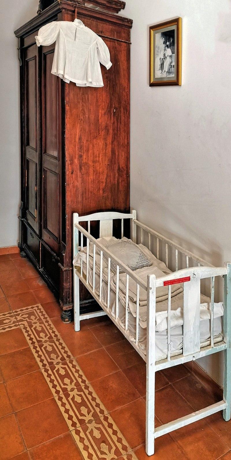 עריסת תינוק במוזיאון ראשון לציון