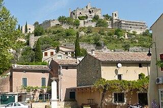 Entrechaux Commune in Provence-Alpes-Côte dAzur, France