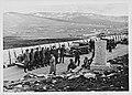 Polarsirkelmonumentet - Gruppebilde fra Terbovens reise.jpg