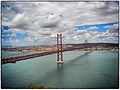Ponte 25 de Abril (7867296220).jpg