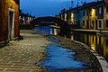 Ponte San Pietro nell'ora blu - Comacchio.jpg