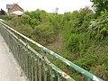 Pouilly-sur-Serre (Aisne) chemin de fer desaffecté.JPG