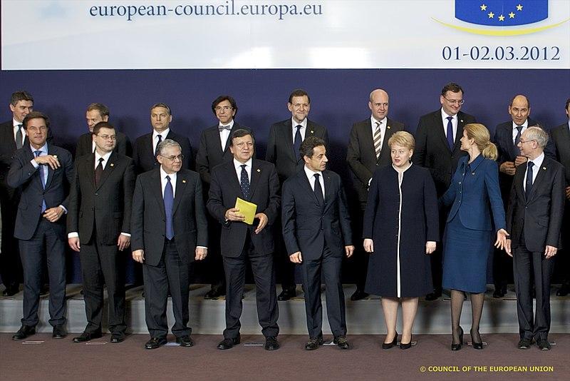 File:Premjers V.Dombrovskis piedalās Eiropadomē (6799773552).jpg