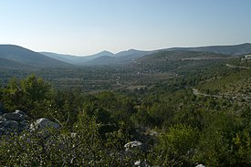 Primorski Dolac, view from southeast (1).jpg