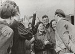 Prins Bernhard bij de bevrijding van Westerbork.jpg