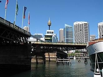 Pyrmont Bridge - Image: Pyrmont Bridge Sydney 1 gobeirne