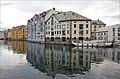 Quay - Alesund, Norway - panoramio.jpg