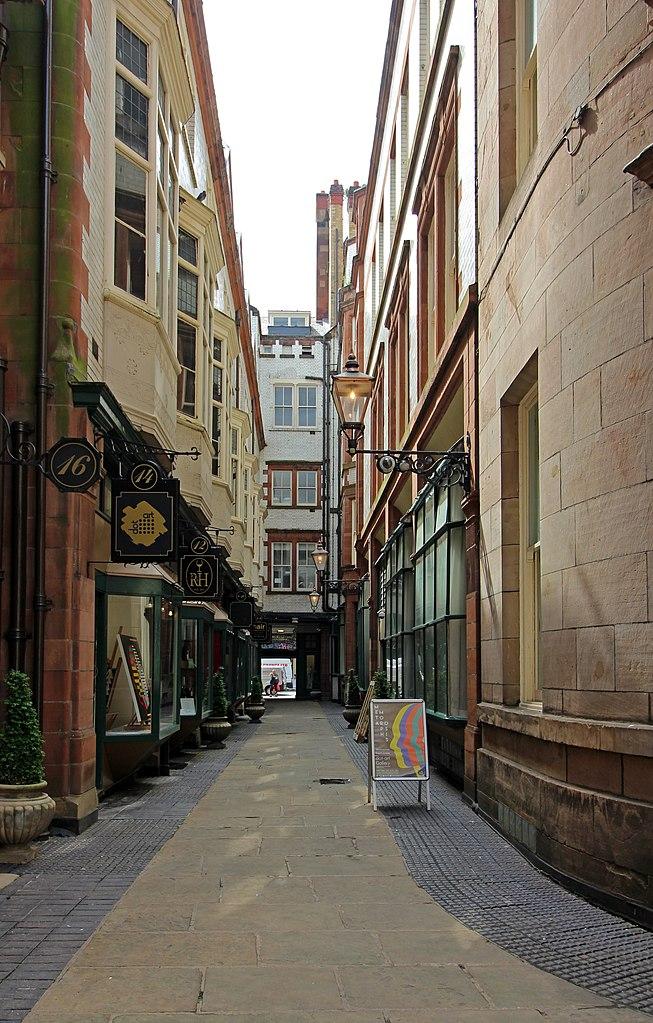 File Queen Avenue To Castle Street Jpg Wikimedia Commons