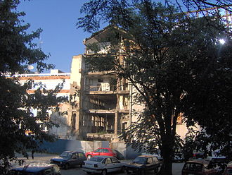 Tašmajdan Park - Image: RTS building bombed, Belgrade